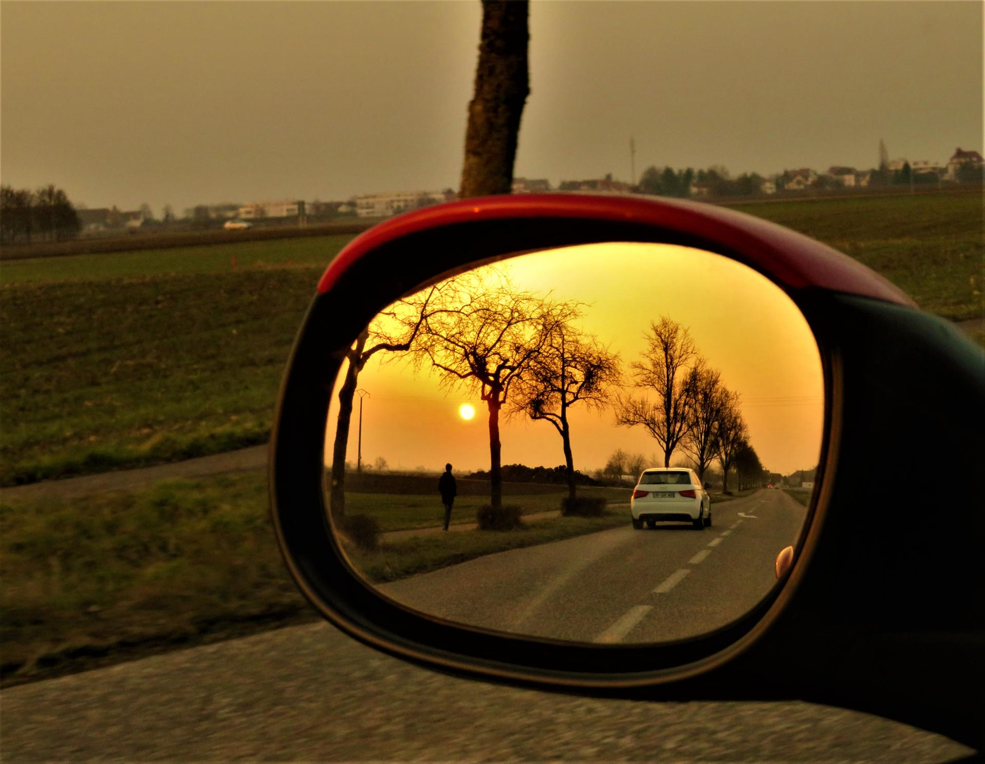 Regarder en arrière...pour y voir les belles choses