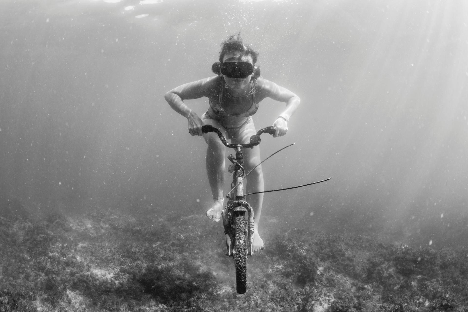 Subaqua-biking