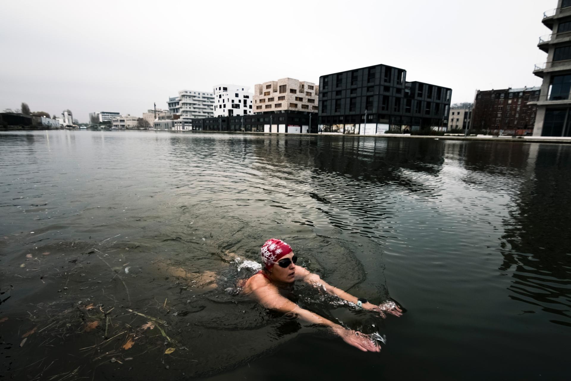 Urban swimming