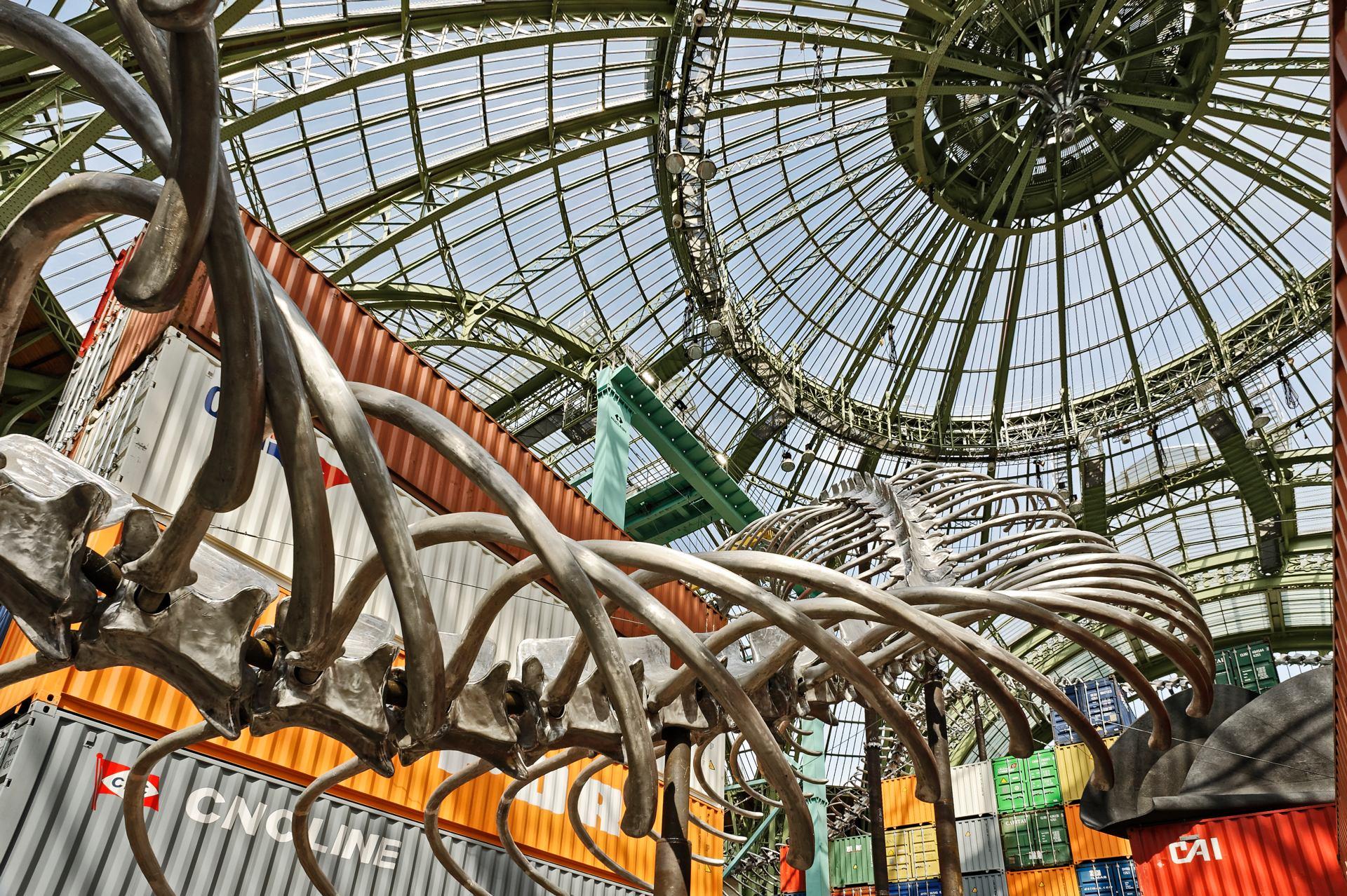 Gigantisme plasticien et architectural