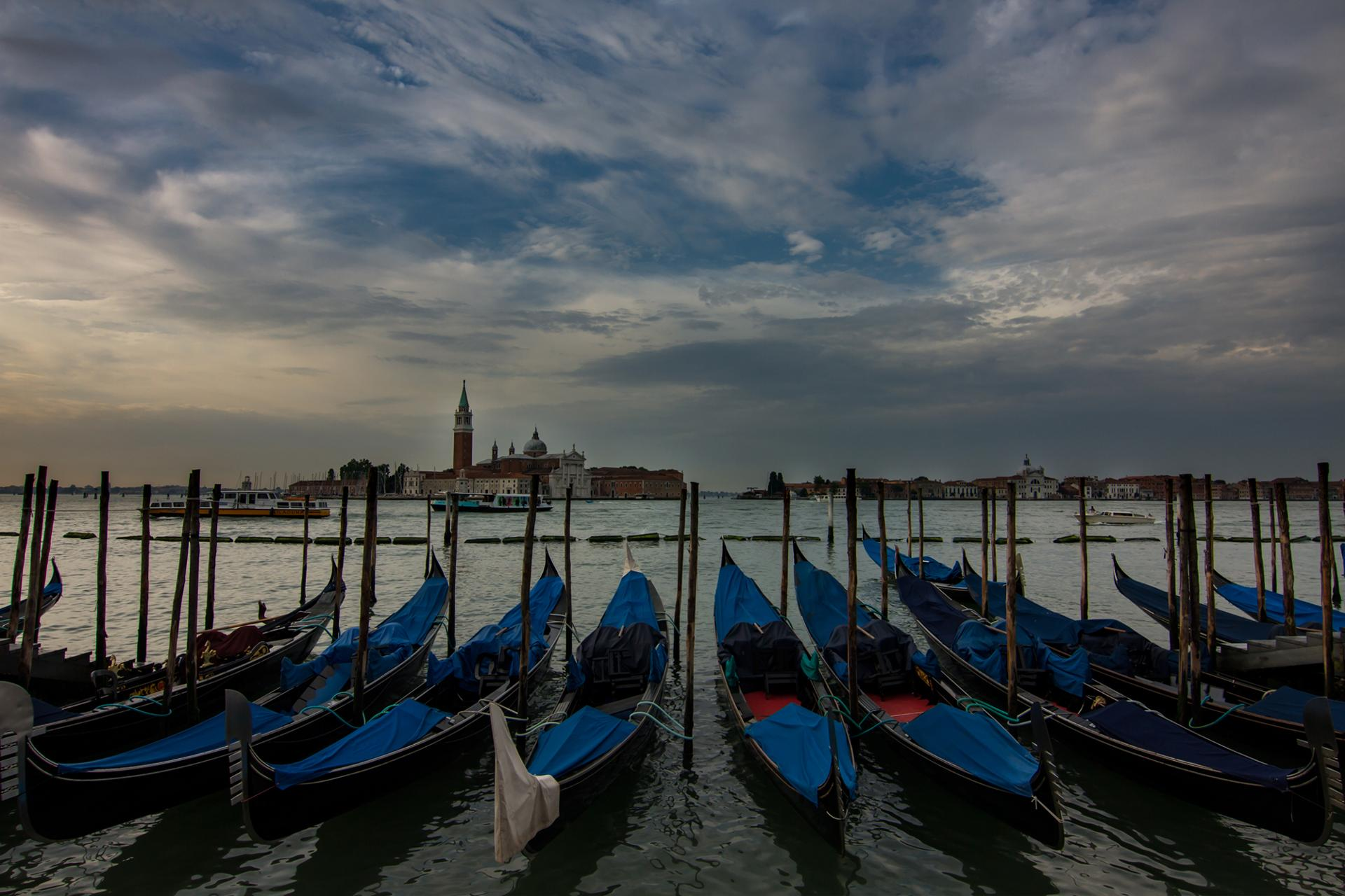 Where are the gondolieri? Venezia by sir20