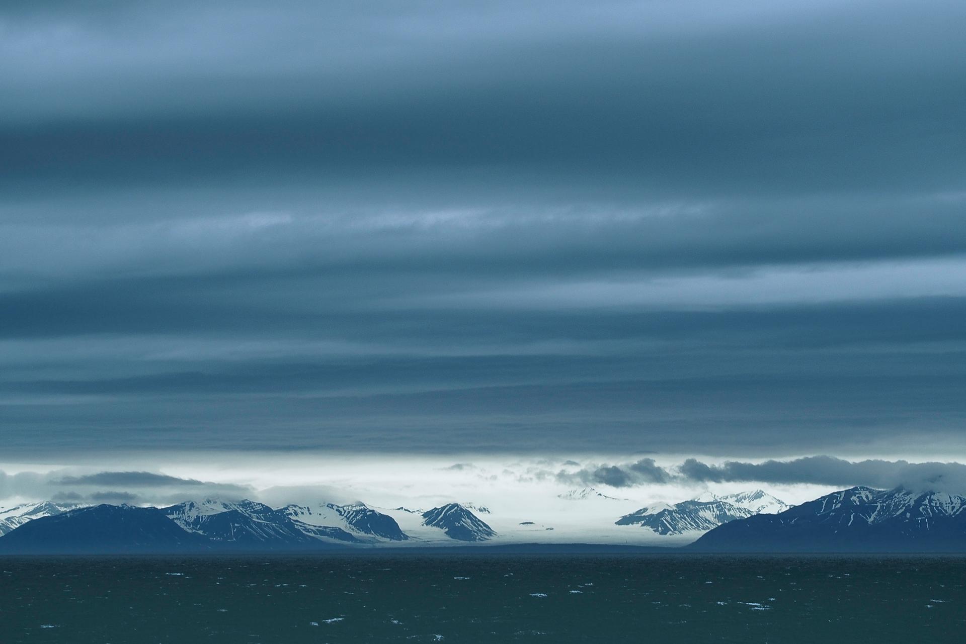 Svalbard sky