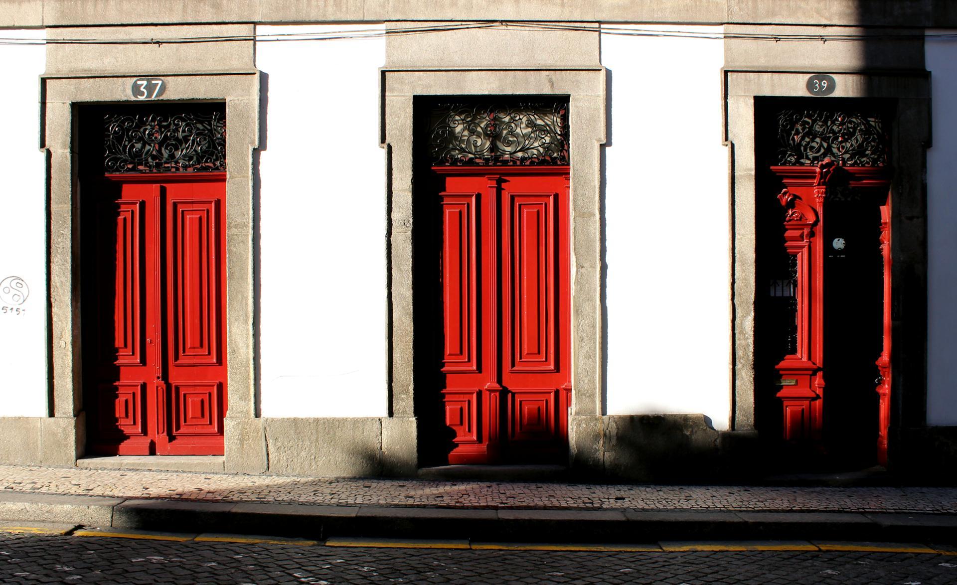 Doors. Porto.