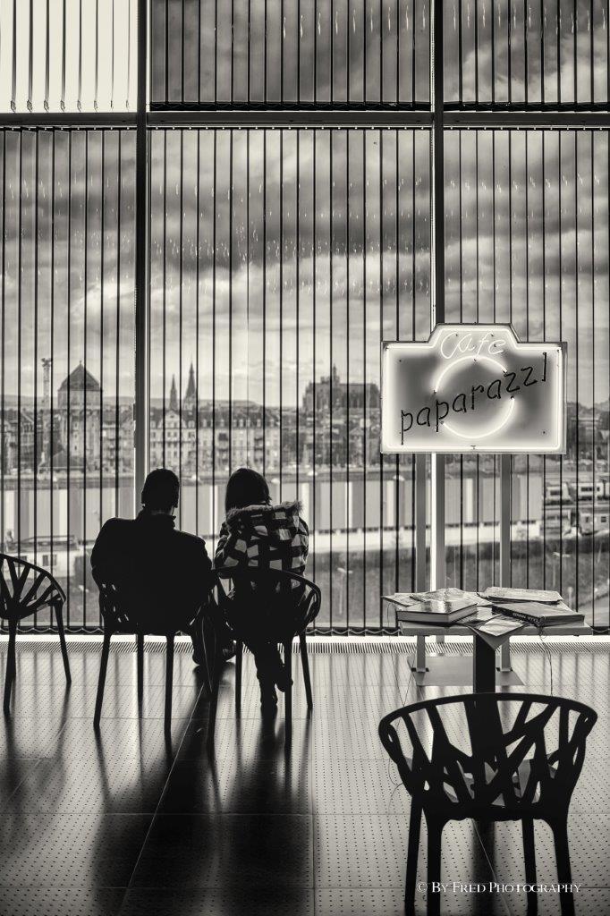 Café Paparazzi