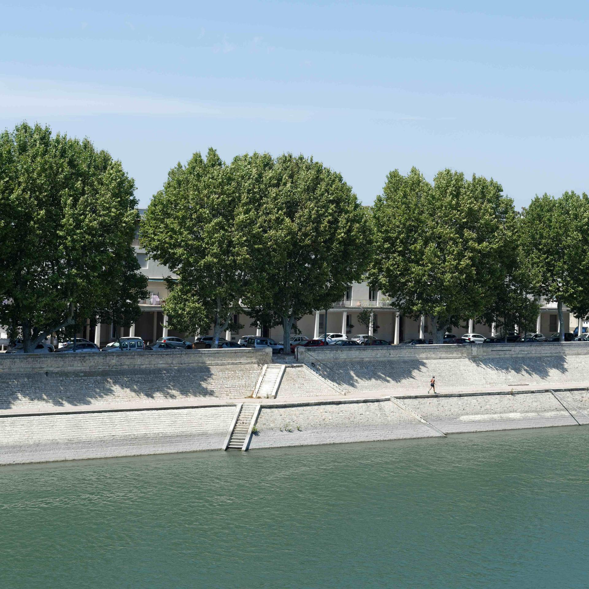 quai du Rhône à Arles