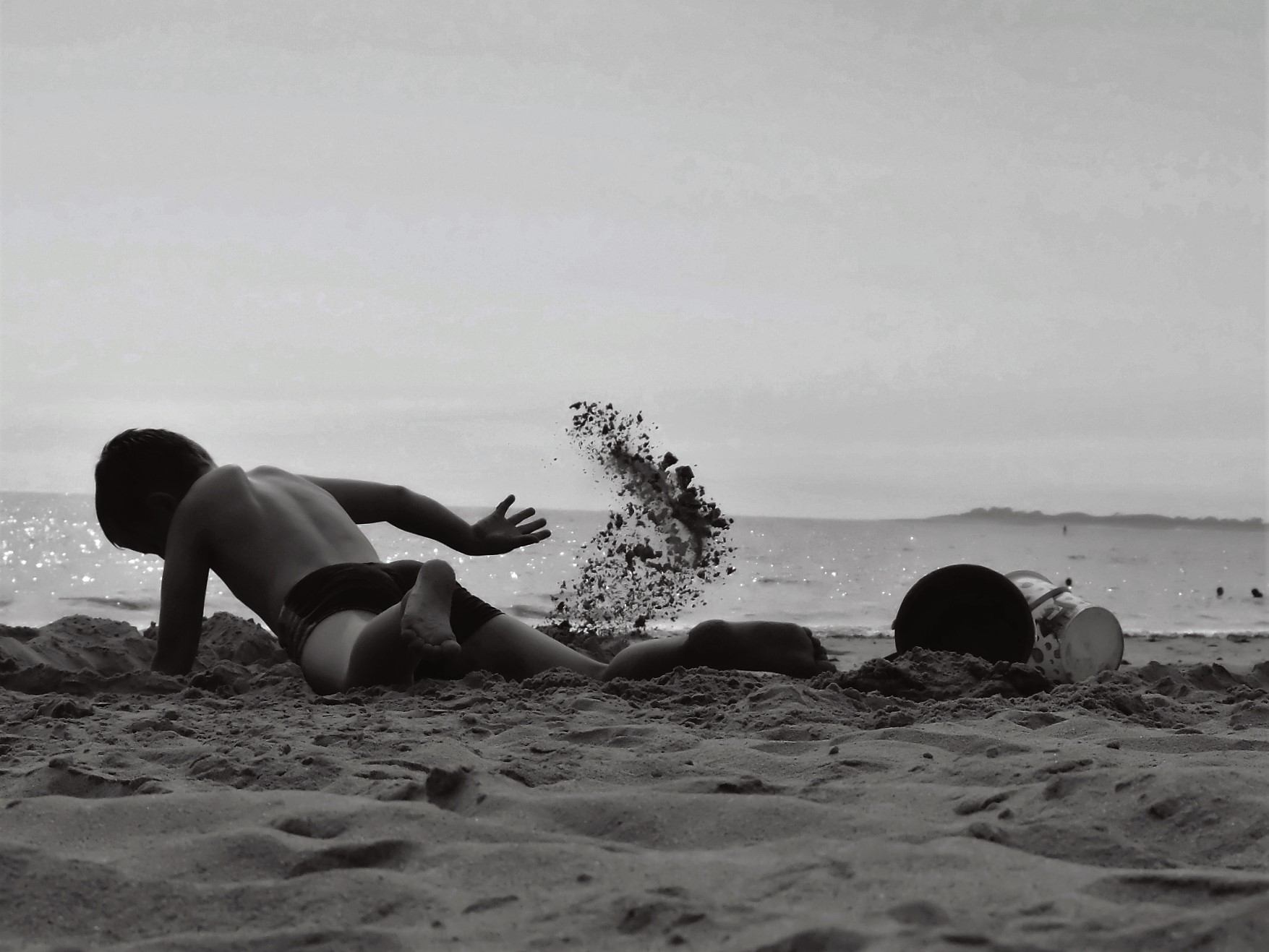 Sous les pavés, la plage!!