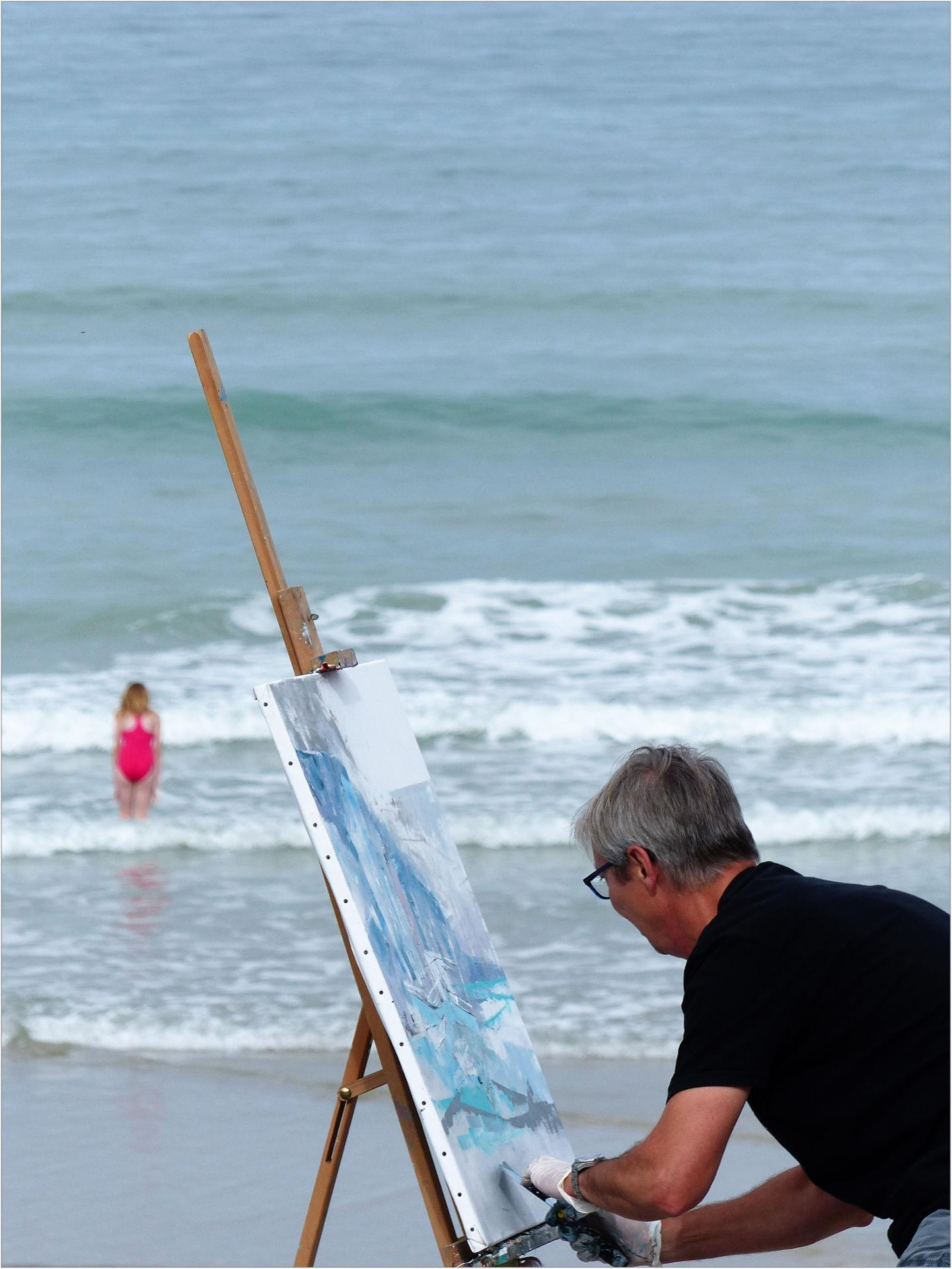 Dur dur de peindre la mer, ça bouge tout le temps!