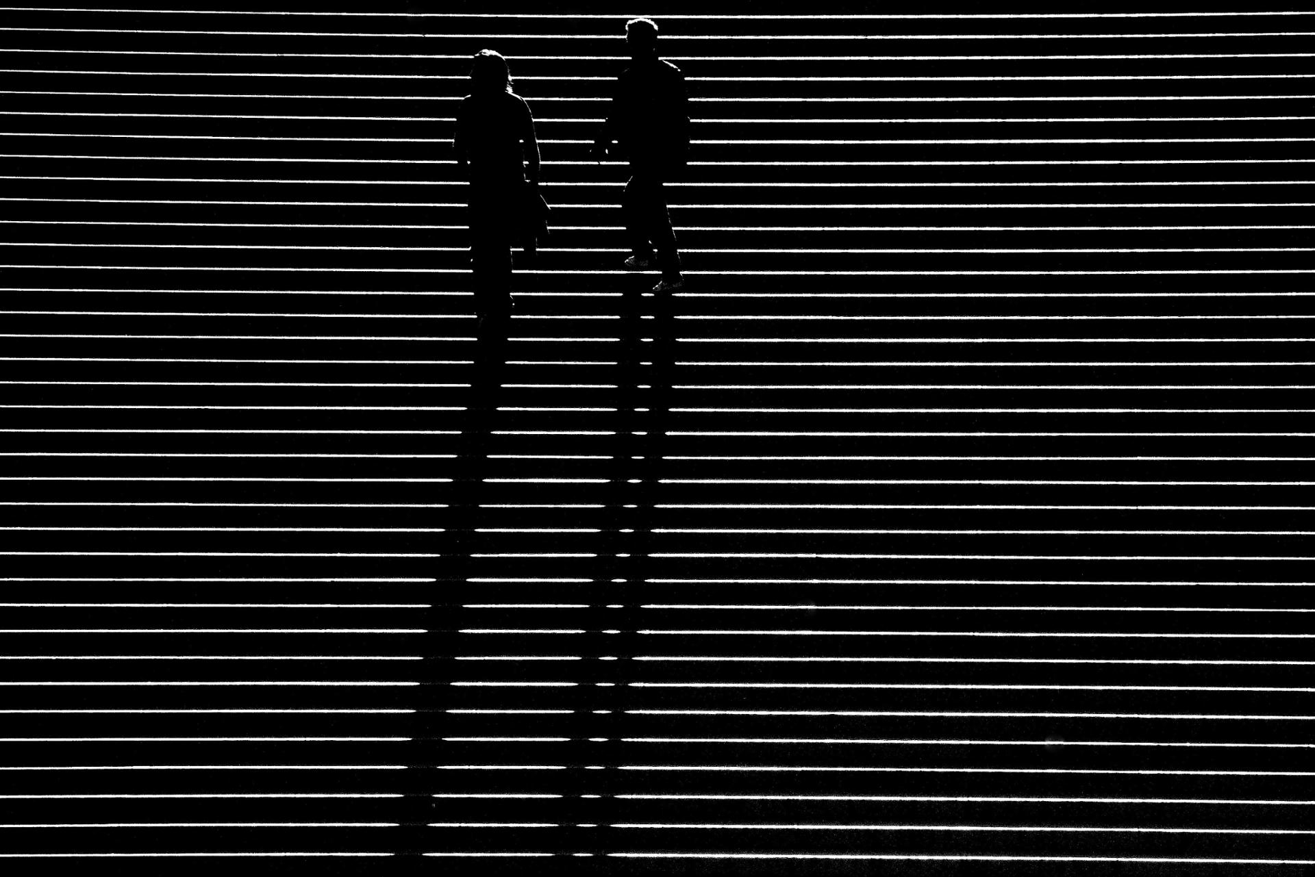 Marches à l'ombre