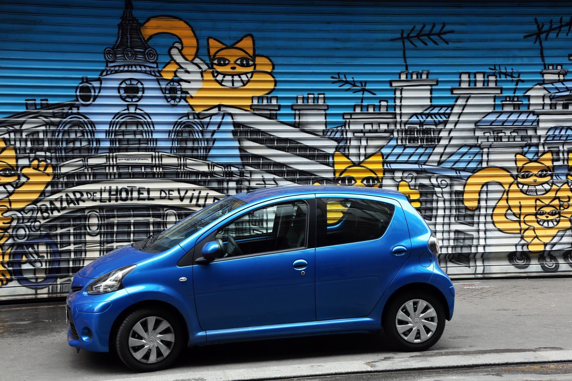 Rêve, la voiture bleue !