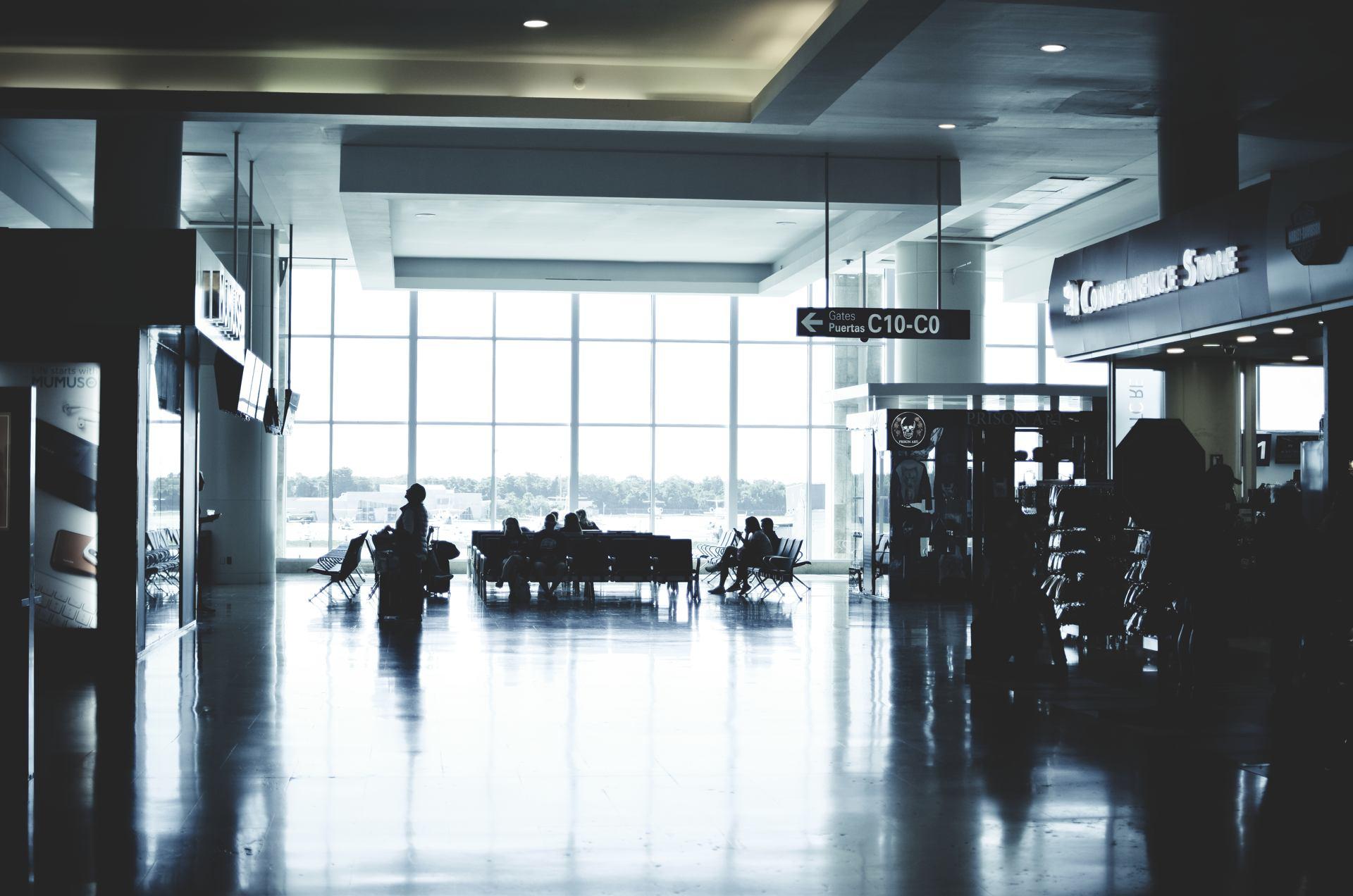Reflets - Aeropuerto Internacional de Cancún