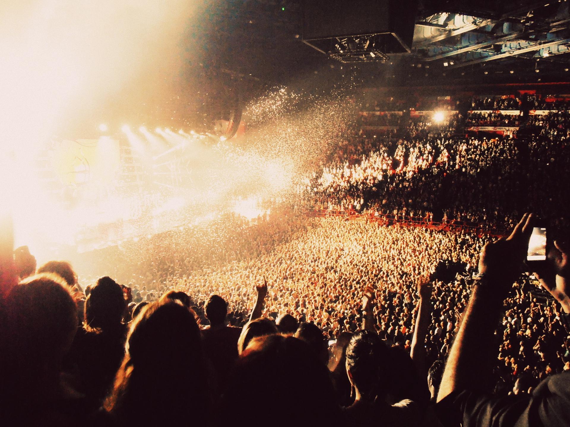 Concert Femme Fatale Tour