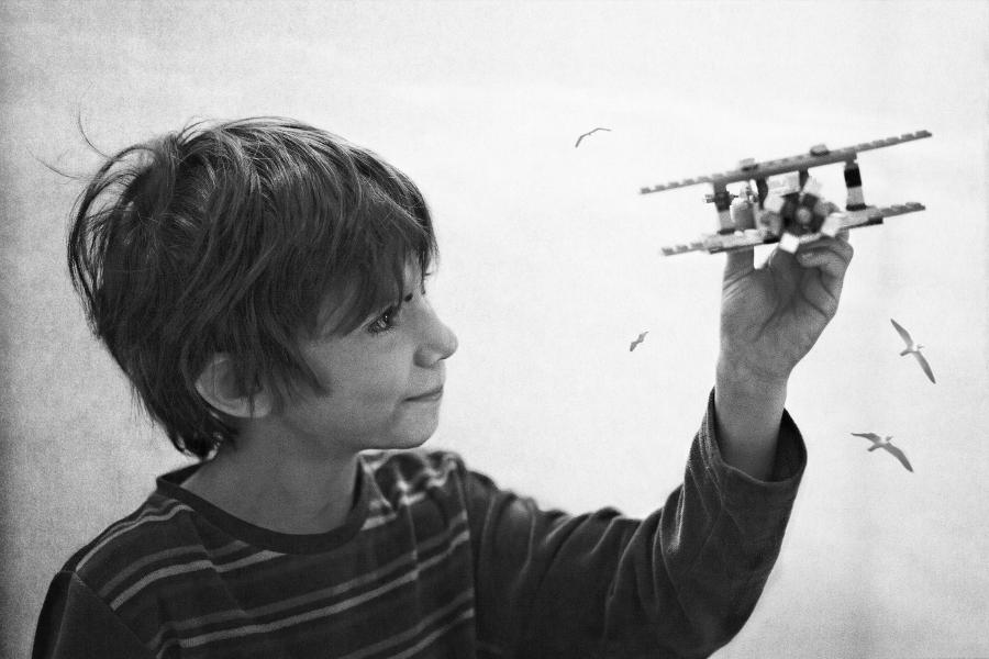 Flying Lego