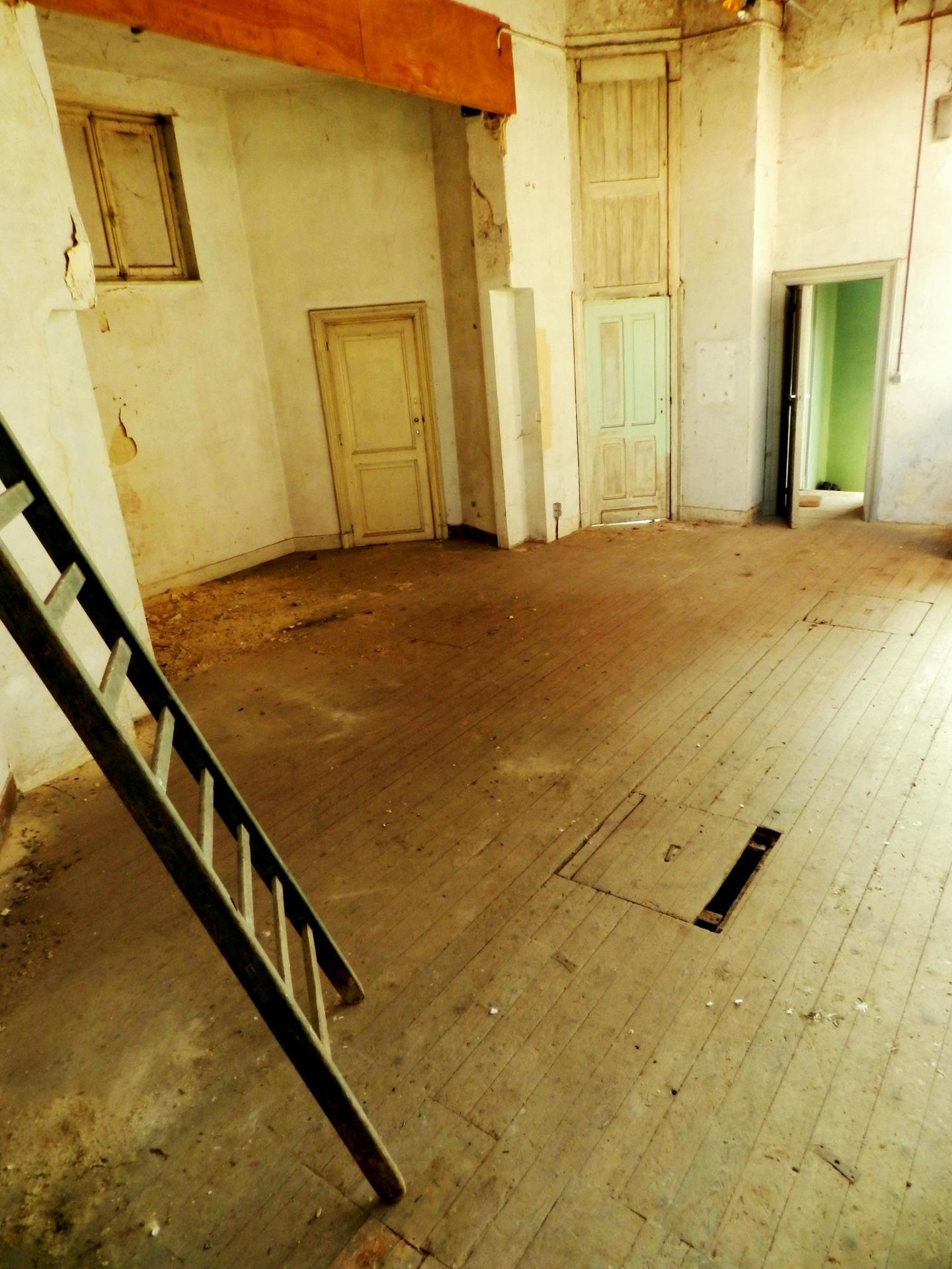 Scène du vieux théâtre.JP