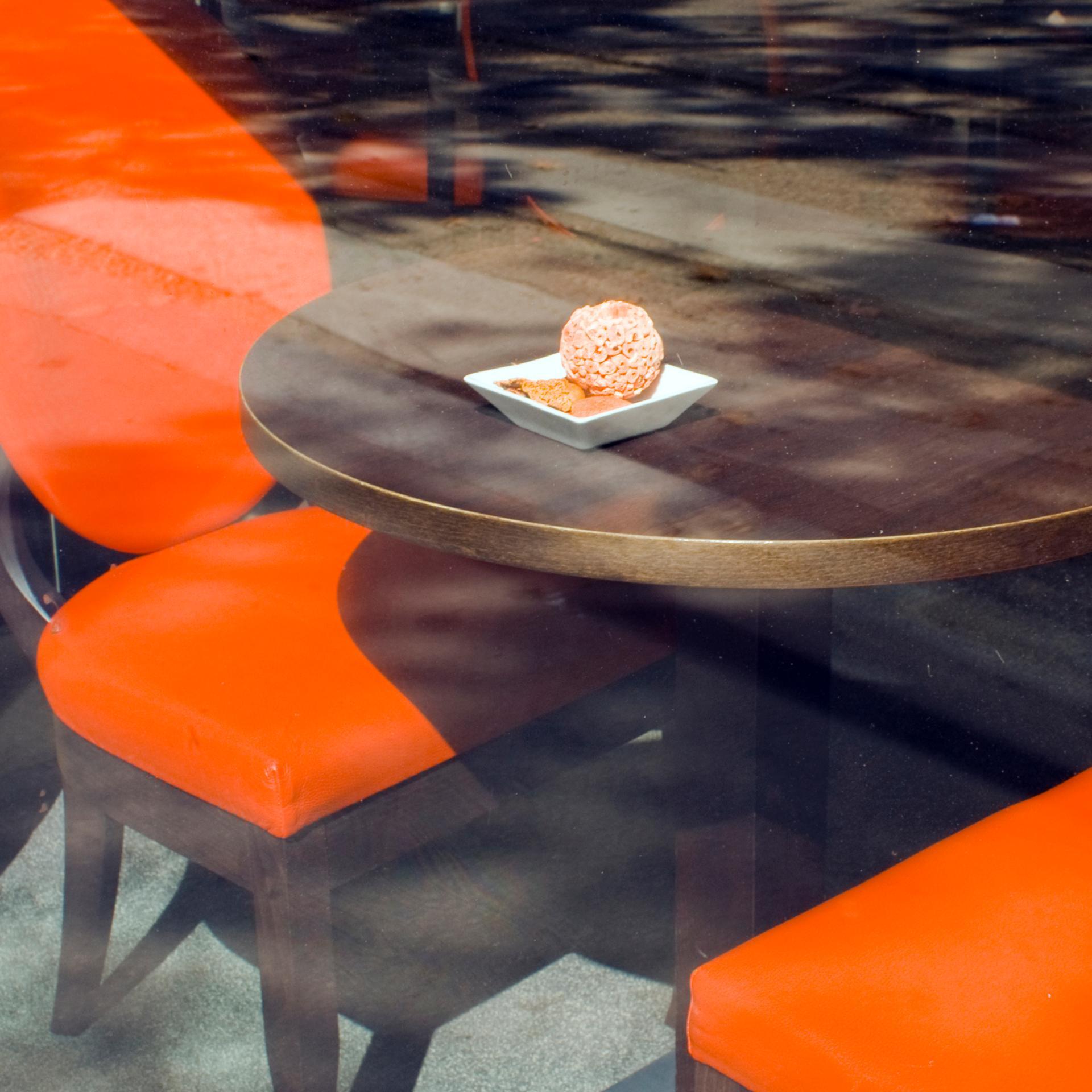 LE CAFE PARISIEN
