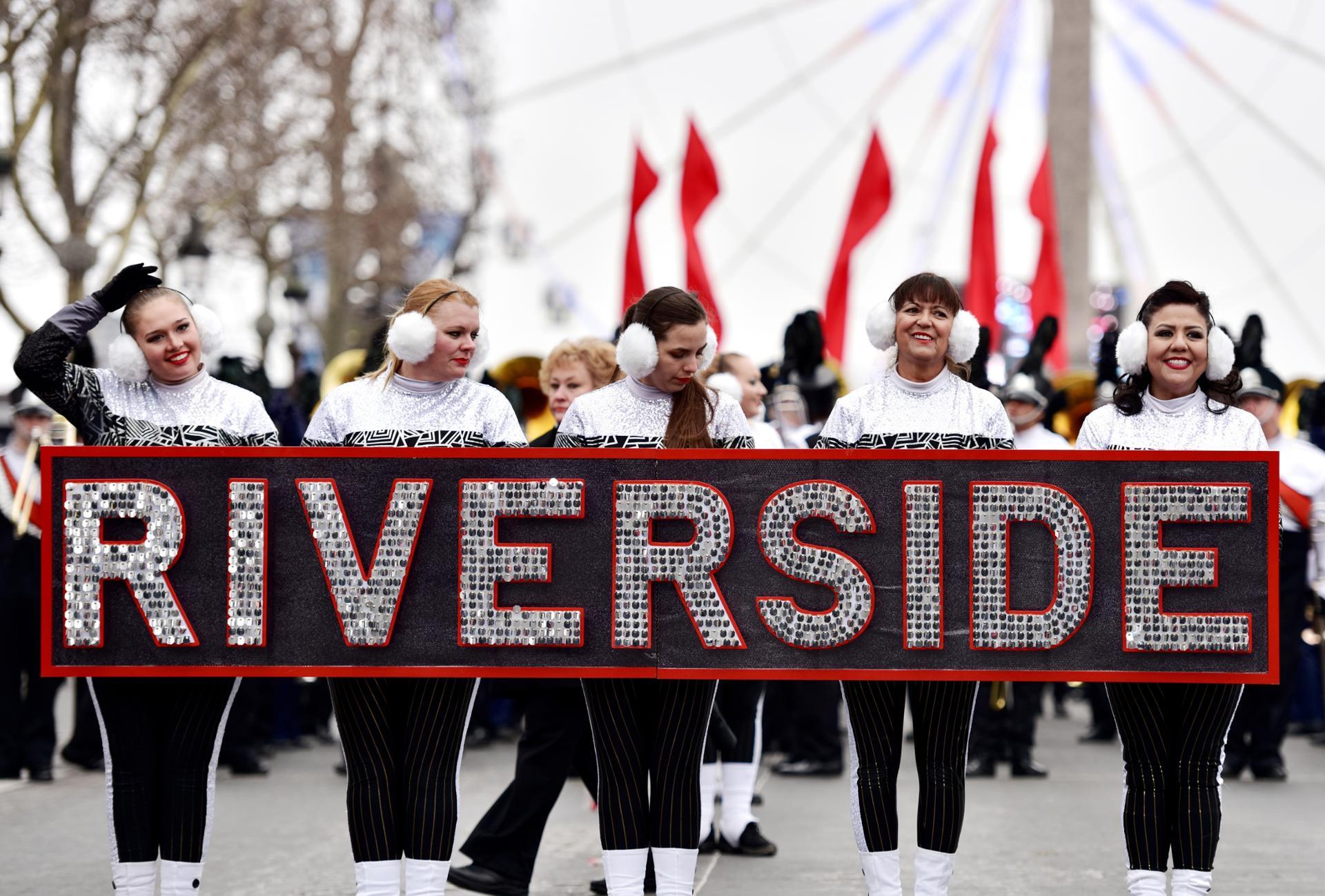 Parade à Paris de la Riverside City College