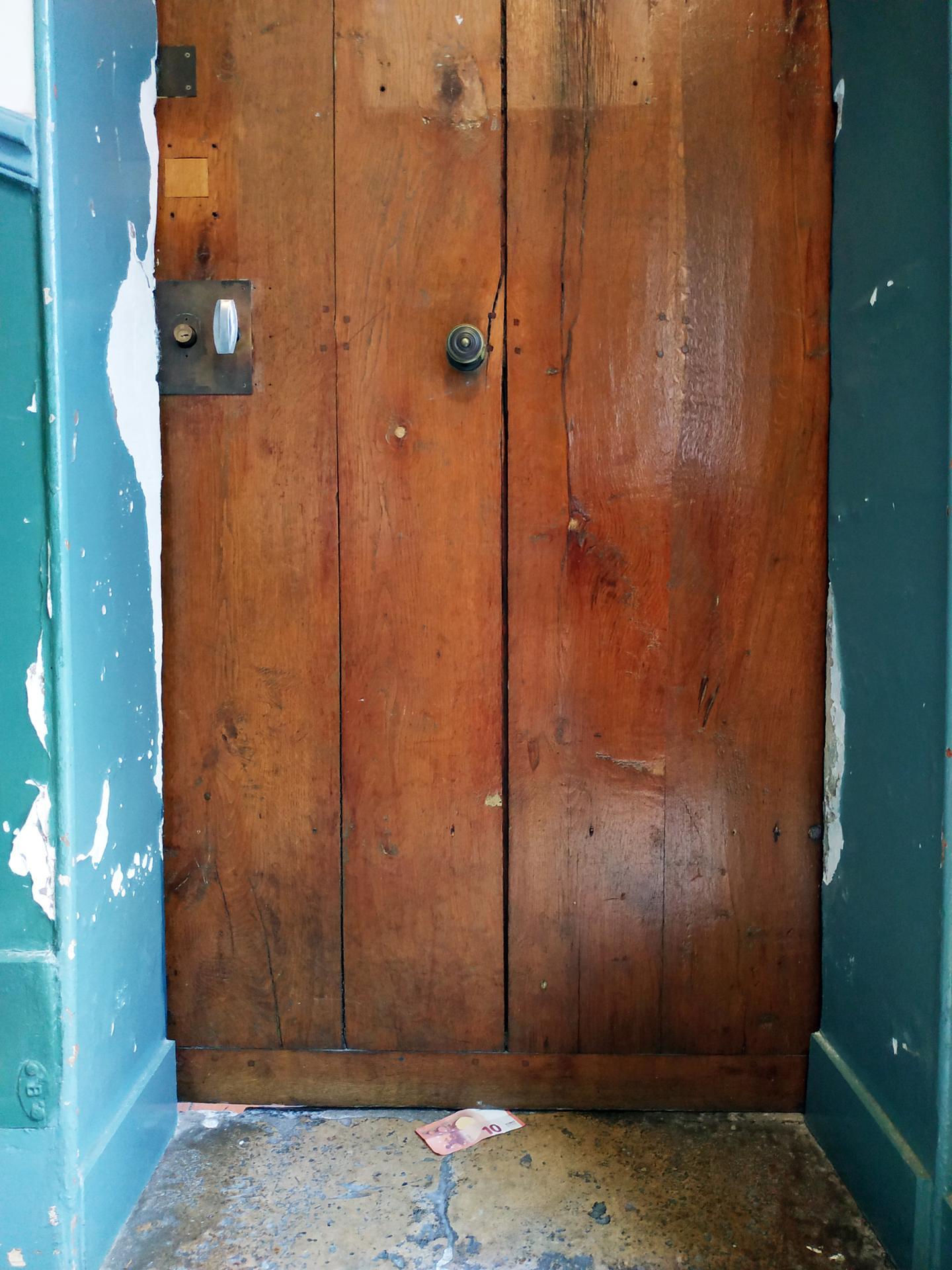 cash door