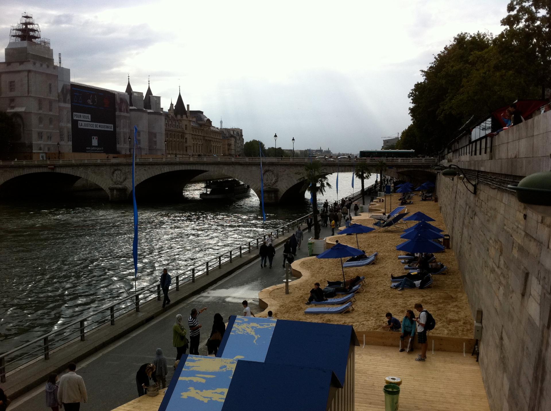 ParisPlages2011a