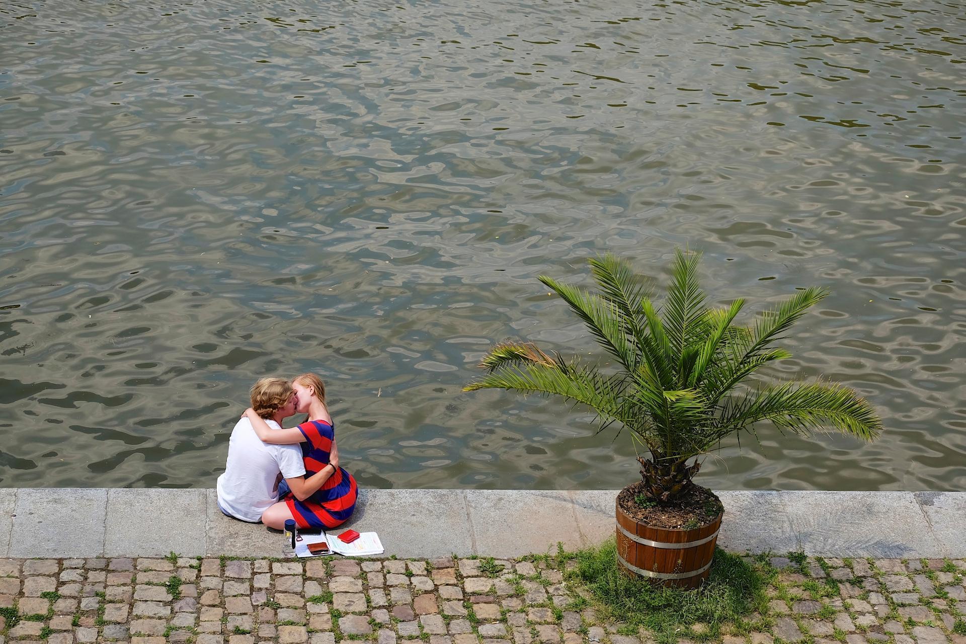Le baiser tchèque!